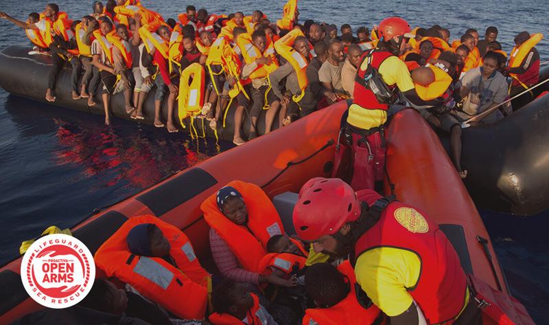 Proactiva Open Arms treballa en el rescat de refugiats que intenten arribar a Europa per mar.