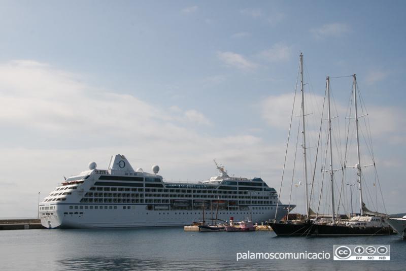 El creuer Sirena, avui al port de Palamós