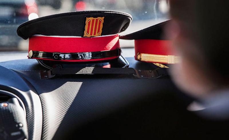El cos dels Mossos d'Esquadra rep el reconeixement per la seva actuació davant els atemptats del passat mes d'agost. (Foto: aops).