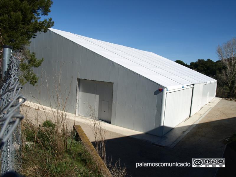 Ubicació de la nova pista poliesportiva, al costat del Pavelló.
