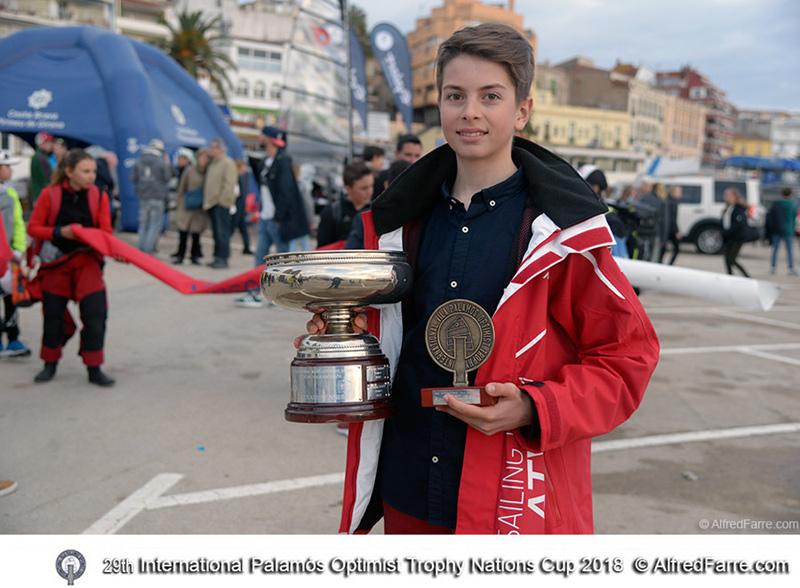 El letó Martin Atilla, guanyador absolut de la 29ena Palamós Optimist Trophy. (Foto: Alfred Farré).