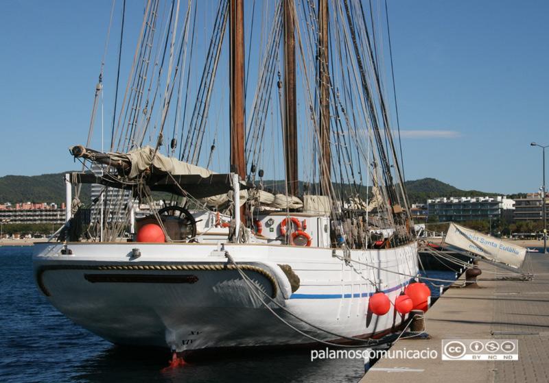 El pailebot Santa Eulàlia, al port de Palamós.