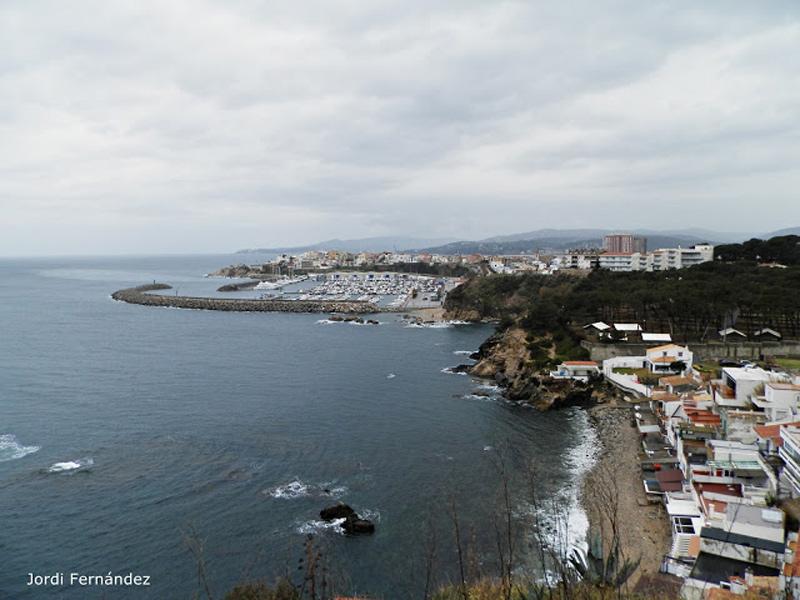 Cel ennuvolat, el passat dissabte des de Cap Gros. (Foto: Jordi Fernández. tempspalamos.blogspot.com).