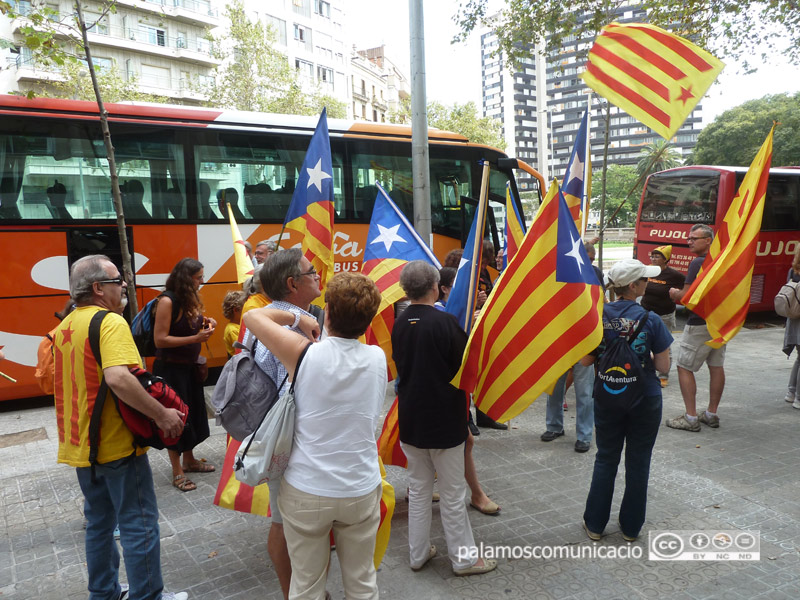 L'ANC organitza dos autocars per anar a la manifestació per la llibertat dels presos polítics, aquest dissabte a Barcelona.