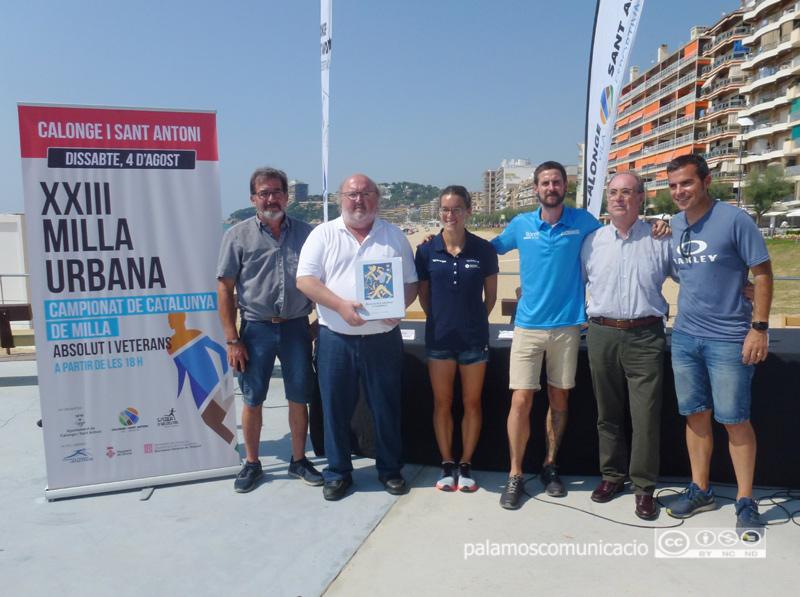 Presentació de la Milla Urbana i la Jornada Esportiva Solidària, aquest matí al passeig de Sant Antoni.