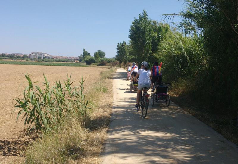 Una de les accions és fomentar l'ús de la bicicleta.