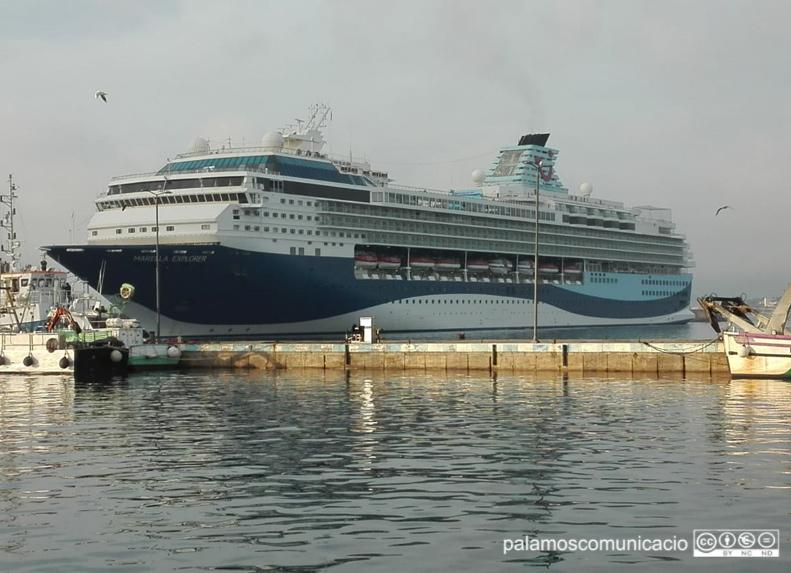 El Marella Explorer, avui al port de Palamós.