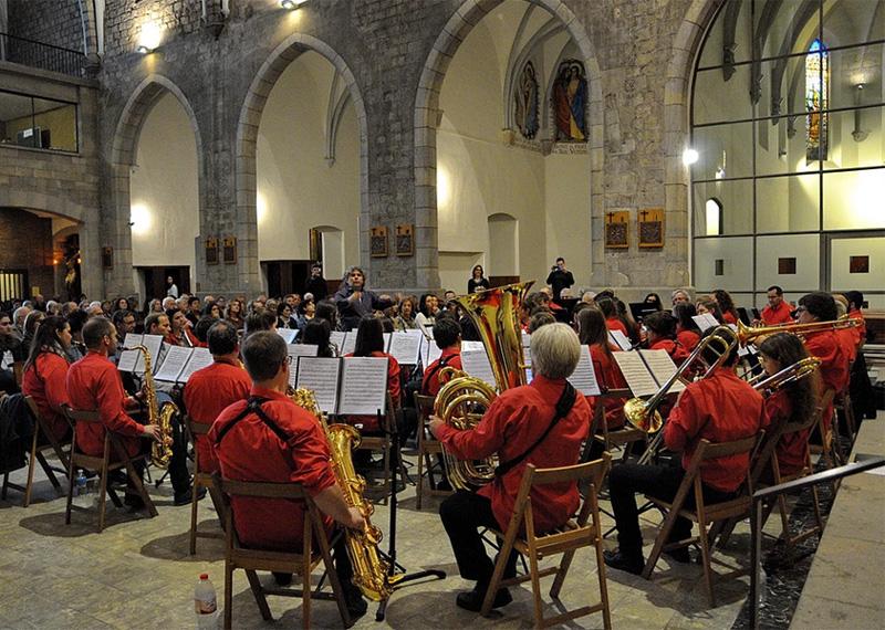 La Girona Banda Band en una actuació.