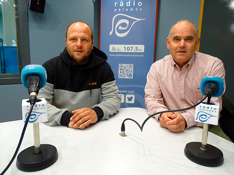 Jordi Mingorance i Paco Avilés, a l'espai de Ràdio Palamós 'Temps afegit'.