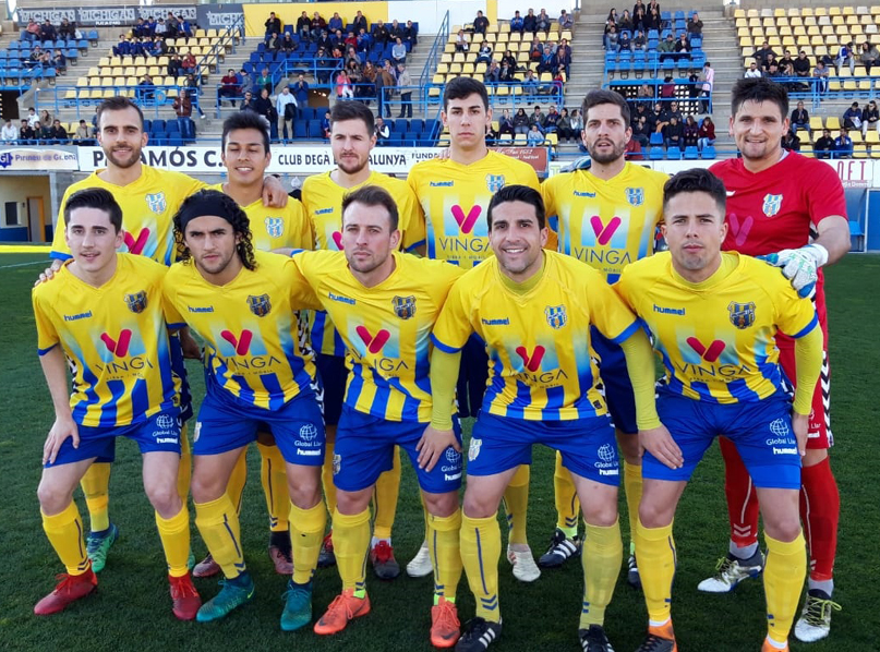 L'equip titular del Palamós en el partit disputat contra el Lloret. (Foto: Sergi Cortés)