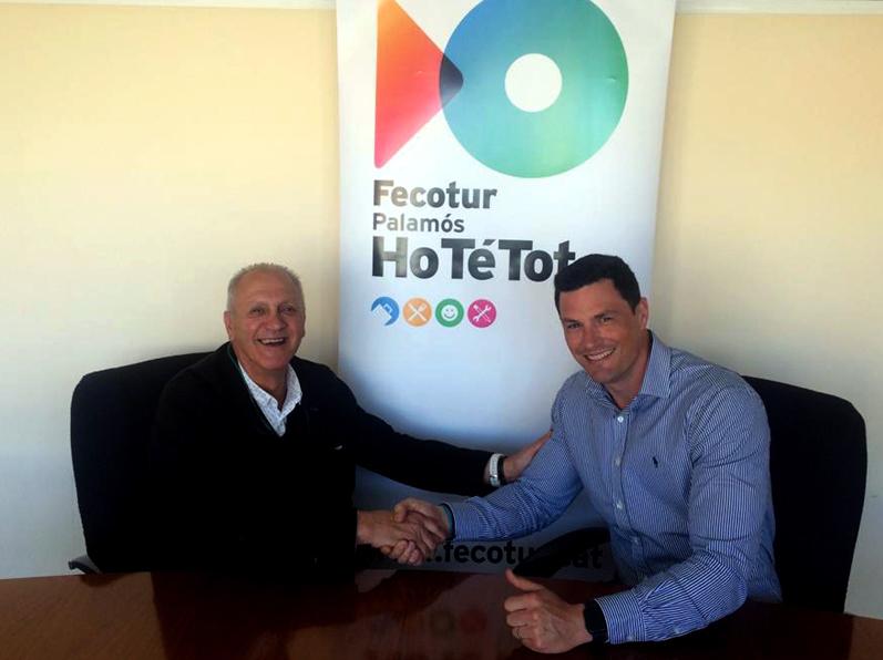 Víctor Lafuente, representant de l'empresa Picking, i Toni Bachiller, president de Fecotur.