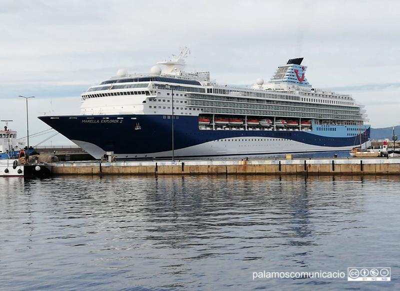 El Marella Explorer 2, avui al port de Palamós.