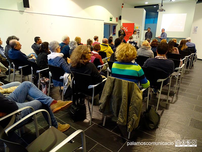 Un representant de Sostre Cívic va venir ahir a Palamós en un acte a la Biblioteca.