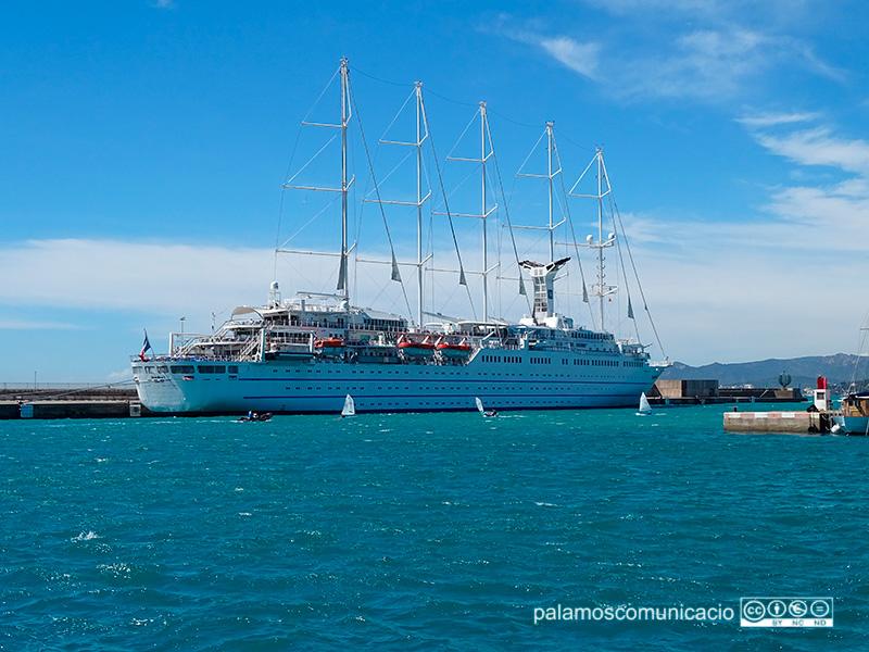 El Club Med 2, avui al port de Palamós.