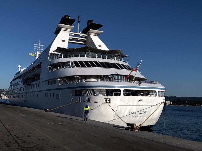 El creuer Star Pride, al port de Palamós. (Foto: Ports de la Generalitat).