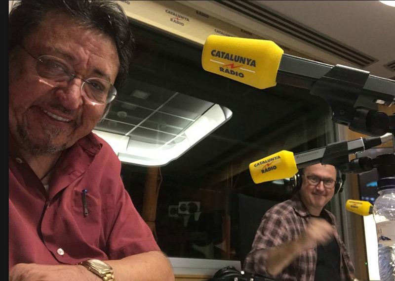 Josepmiquel Servià als estudis de Catalunya Ràdio parlant del seu llibre