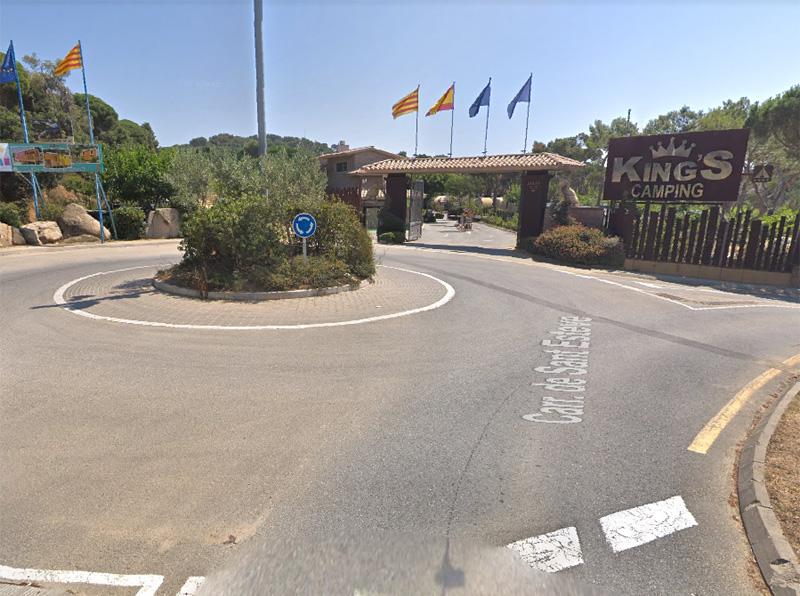 L'entrada del Càmping King's, a la Fosca. (Foto: Google Maps).