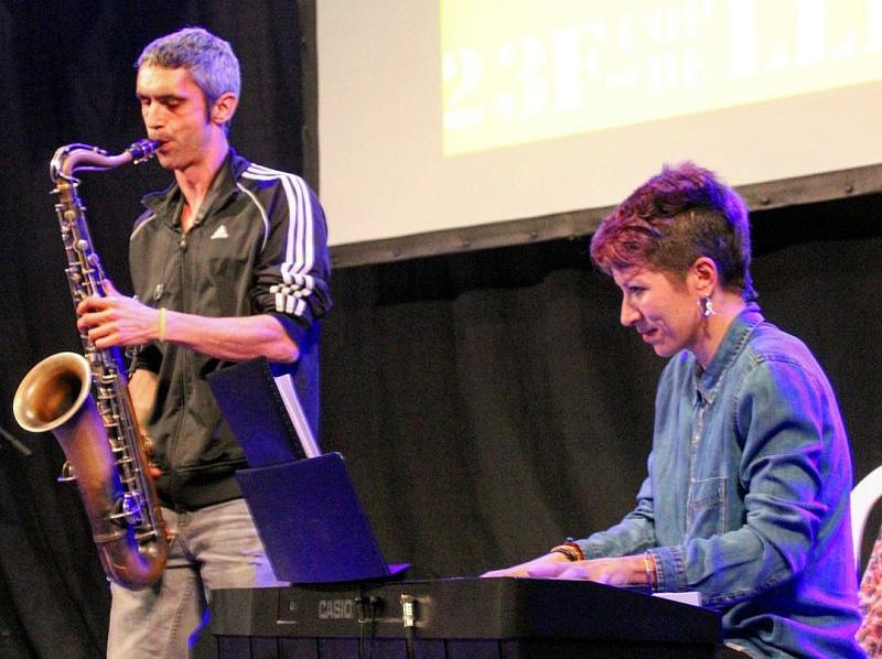 Roger Espanyol i Nati Ortega actuaran avui a Palamós en la concentració pels presos.