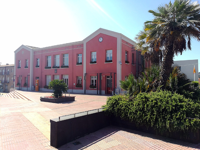 Edifici de l'Ajuntament de Calonge i Sant Antoni.