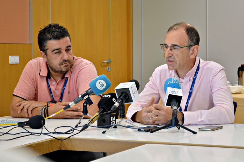 Xavier Pérez, a la dreta, en la roda de premsa d'avui. (Foto: SSIBE).
