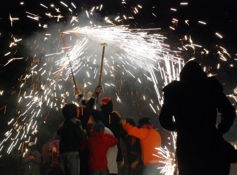 El correfoc és una de les atraccions de la Festa Major de Sant Antoni. (Foto: Ajuntament de Calonge i Sant Antoni).