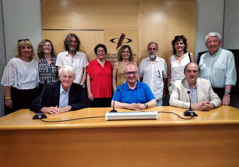 Foto de les entitats que formen part de Iura, després de la seva presentació el passat mes de juliol.