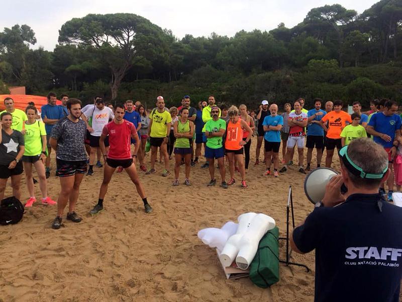Participants de l'edició de l'any passat de l'Aqua Trail Popular. (Foto. Club Natació Palamós).