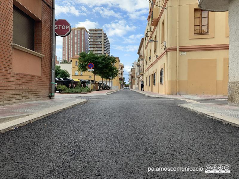 El carrer de Carmel, un dels carrers afectats per les obres de l'Eixample, aquest matí.