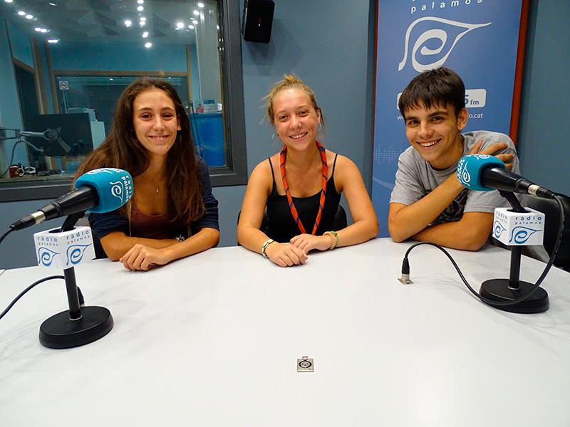 Anna Llauradó, Berta Francesch i Oriol Gironès, membres de l'Agrupament Escolta i Guia Palamosí.