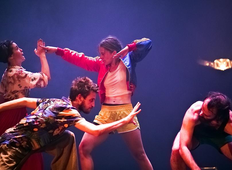 Imatge del la coreografia 'Skraqueja't, de CobosMika Company.