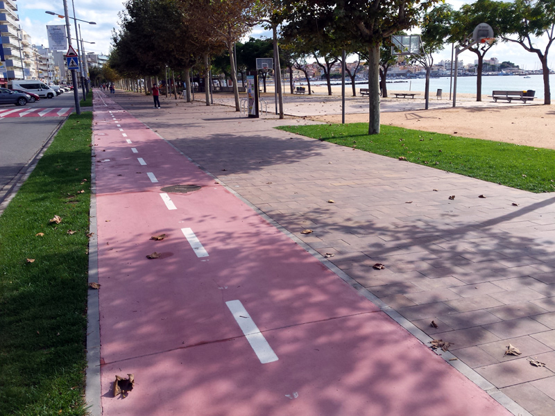 Nova vorera del passeig del Mar. (Foto: Ajuntament de Palamós).