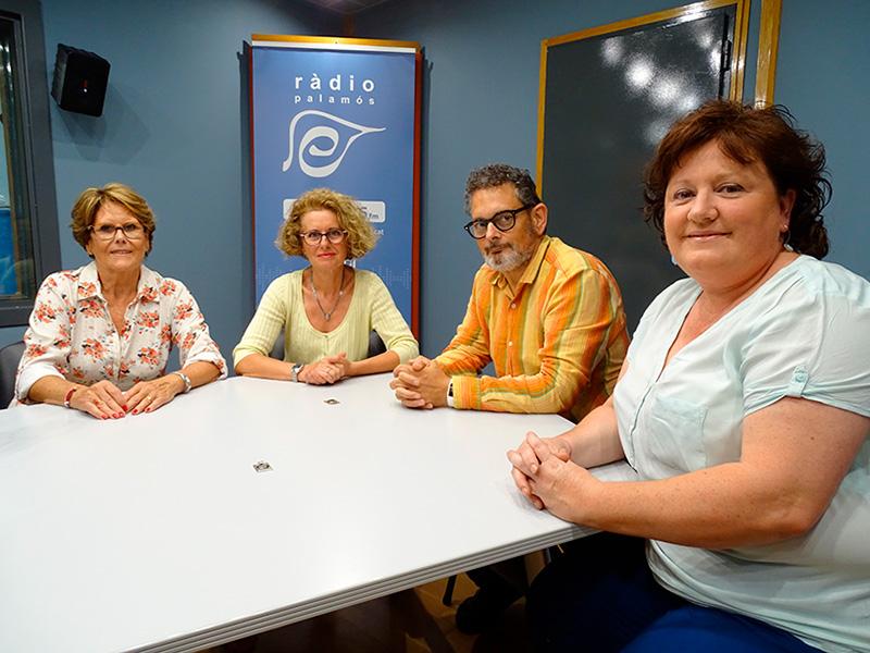 El programa 'Tal com som' va fer una taula rodona per tractar amb afectats i especialistes el càncer de mama.