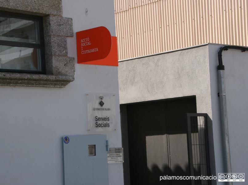 Els Serveis Socials de Palamós, al carrer de Jacint Verdaguer.