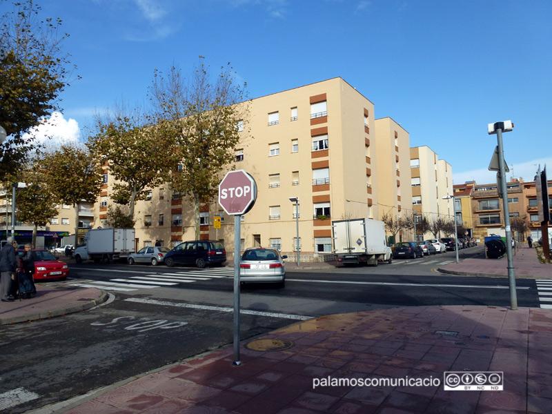 Immobles de pisos al centre urbà de Palamós.