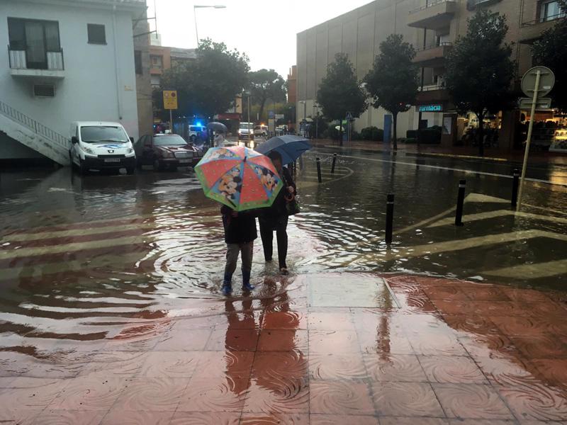 L'Avinguda de Catalunya i els seus carrers colindants van patir els aiguats.