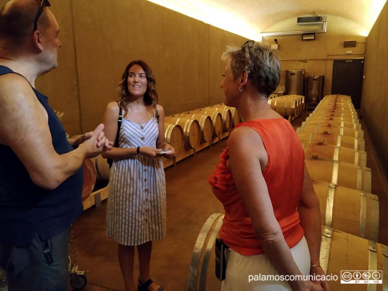 Eva Noguer, col·laboradora del 'Ple al 15', durant una visita al Celler Can Marc aquest estiu.