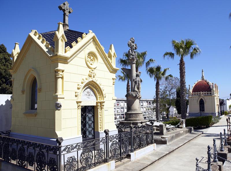 Les visites permetran veure panteons i sepultures. (Foto: Jordi Geli. Museu de la Pesca).