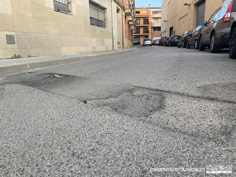 El carrer de Joan Vilar és un dels paviments que s'asfaltarà.