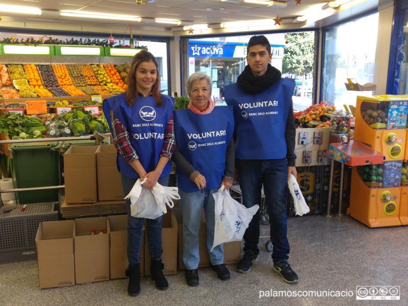Voluntaris del Gran Recapte d'Aliments a Palamós, en una imatge d'arxiu.