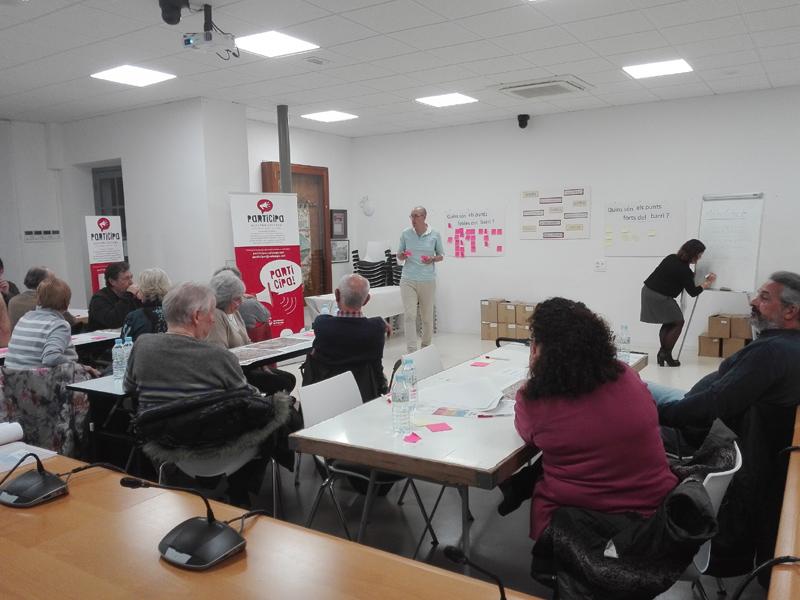 Imatge d'arxiu d'una reunió participativa del pressupost de Calonge i Sant Antoni. (Foto: Ajuntament de Calonge i Sant Antoni).