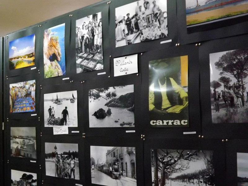 Mostra de fotografies del concurs en una imatge d'arxiu. (Foto: Associació Gent Gran Palamós).