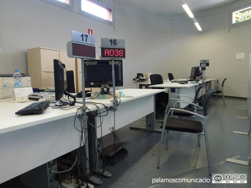 Oficina de Treball de la Generalitat, a Palamós.