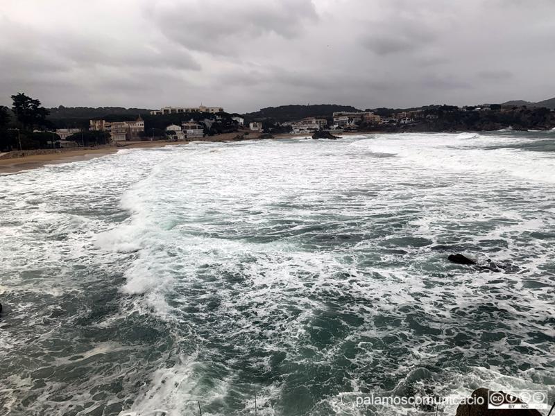 Temporal de mar ahir a La Fosca.