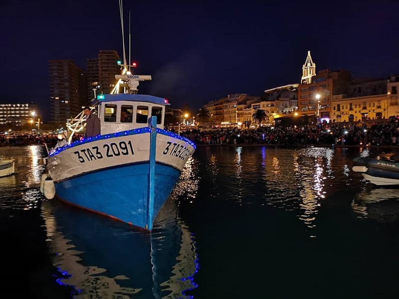 Els Reis d'Orient van arribar per mar, com és habitual al municipi. (Foto: Ajuntament de Palamós).
