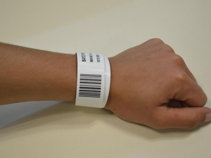 Un dels protocols de seguretat és la pulsera identificativa per a tots els usuaris. (Foto: SSIBE).