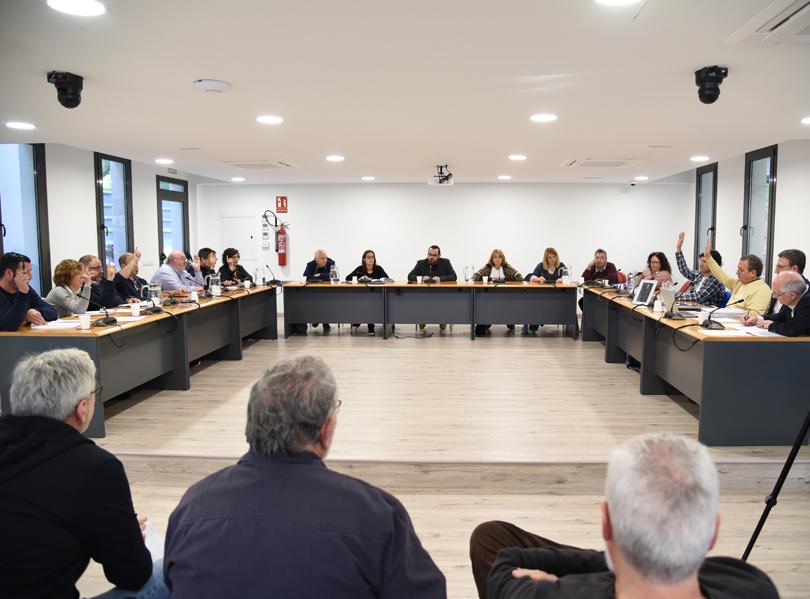Ple extraordinari de l'Ajuntament calongí que s'ha celebrat avui. (Foto: Ajuntament de Calonge i Sant Antoni).