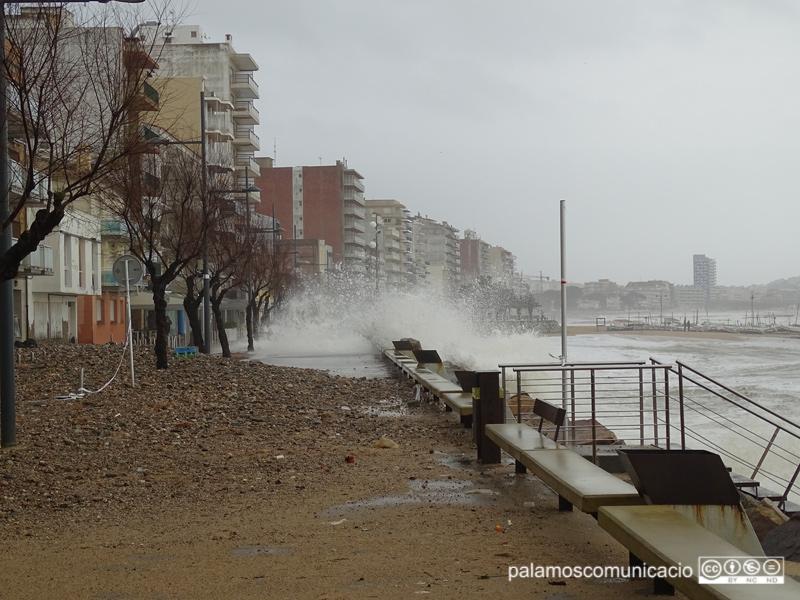 El passeig de Sant Antoni acostuma a patir els efectes dels temporals.
