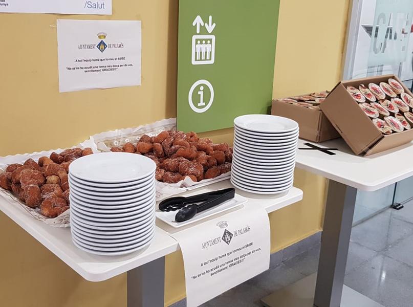 Els 'brunyols' de l'Empordà s'han distribuït aquest mateix matí entre els diferents centres de treball. (Foto: SSIBE).