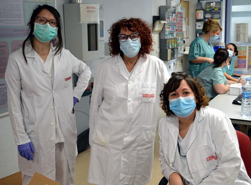 Personal de l'hospital de Palamós que treballa incansablement aquestes setmanes. (Foto: SSIBE).