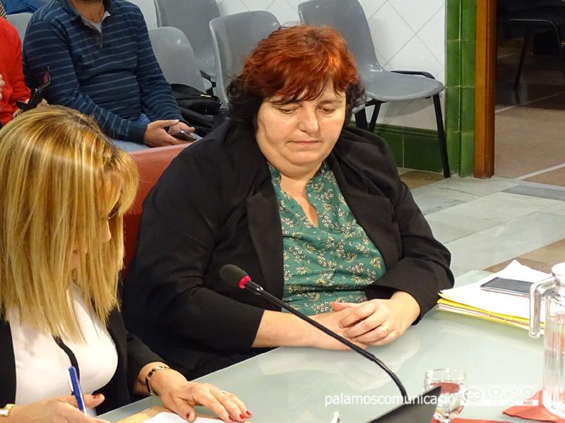 Anna Morell, durant un Ple de l'Ajuntament de Palamós.